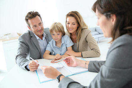 Family meeting real-estate agent to buy new home-1